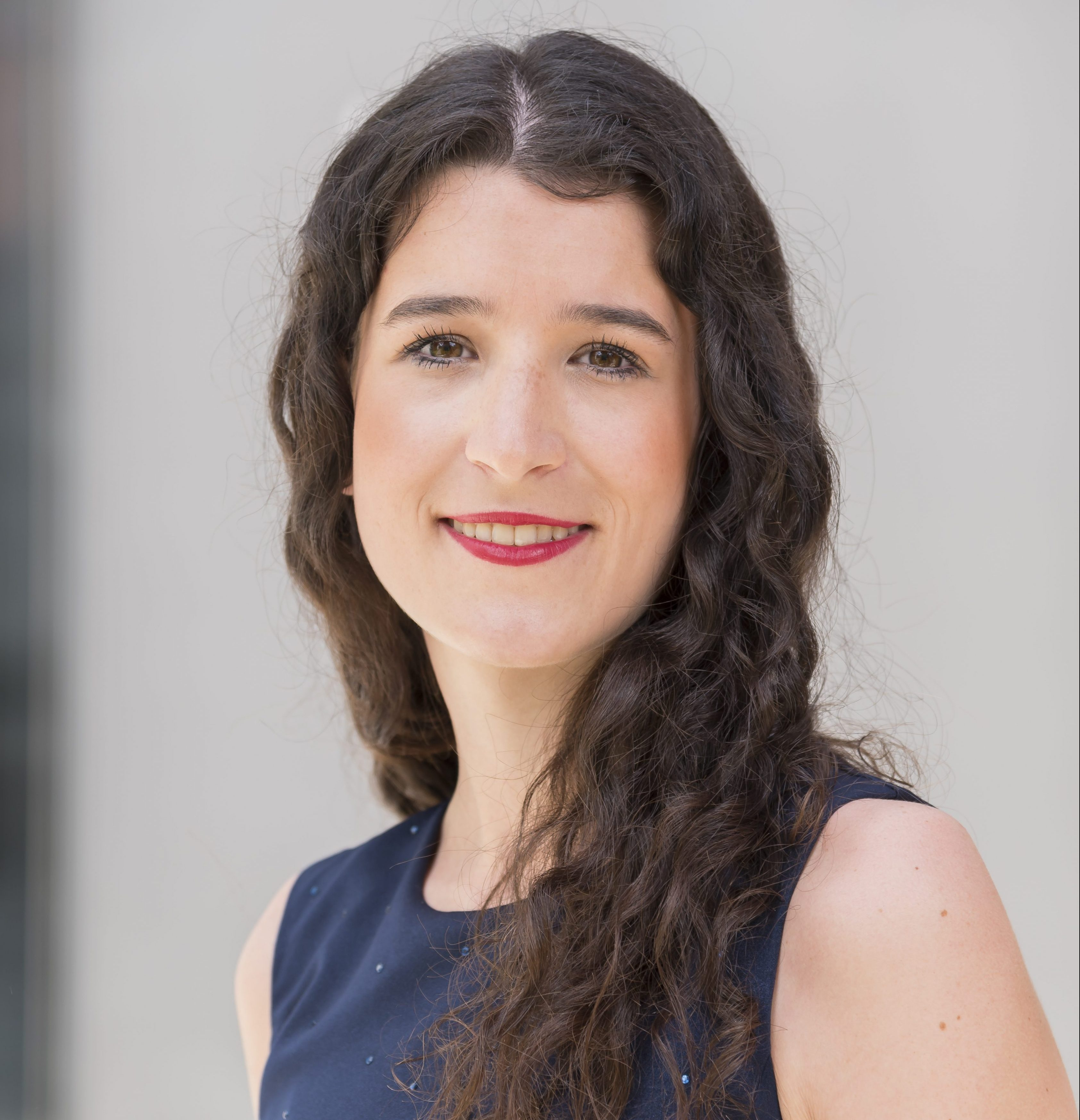 Teresa NeulichedlDr.  | Consultant